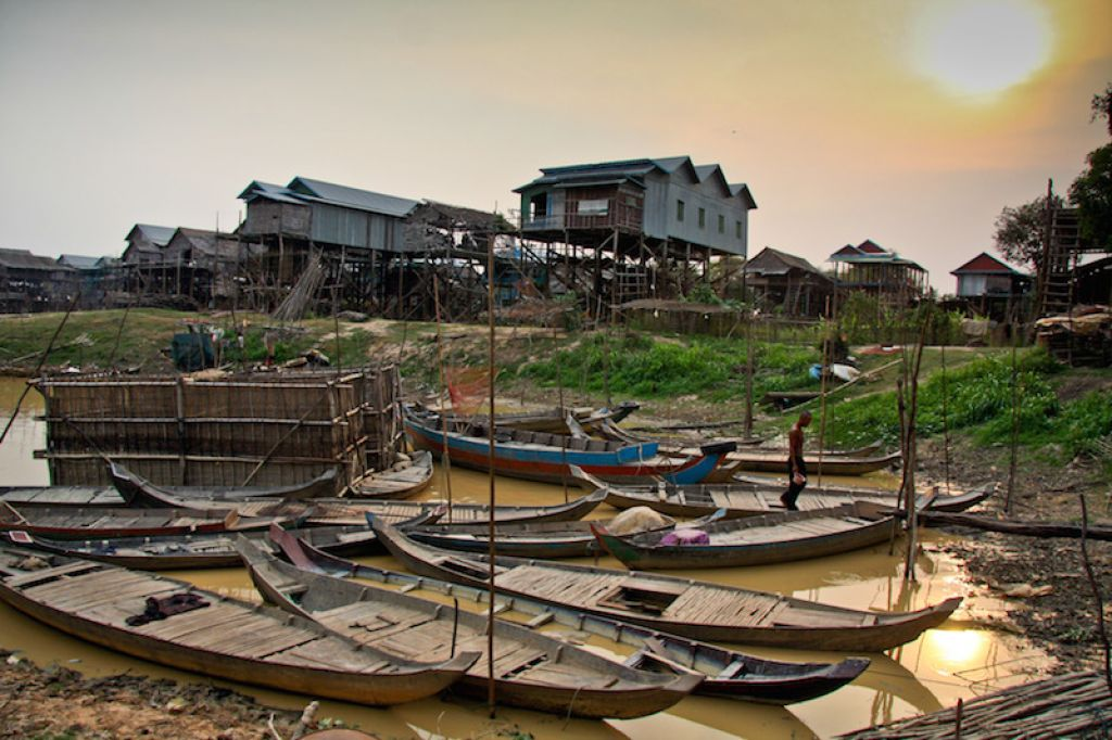 Kampong Phluk commune, Tonle Sap Lake (Cambodia). Photo: ADB.
